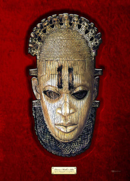 Queens Wall Art - Photograph - Queen Mother Idia - Ivory Hip Pendant by Serge Averbukh