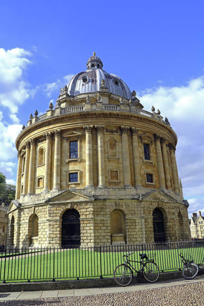 Photograph - Radcliffe Camera by Tony Murtagh