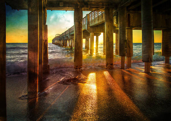 Photograph - Radiant Rays by Lynn Bauer