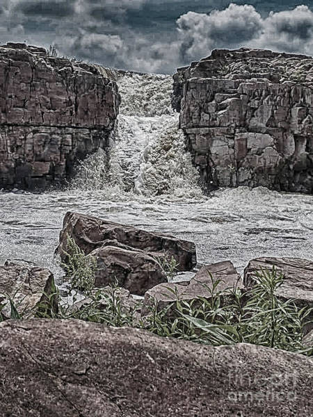 Photograph - Raging Falls by Judy Hall-Folde