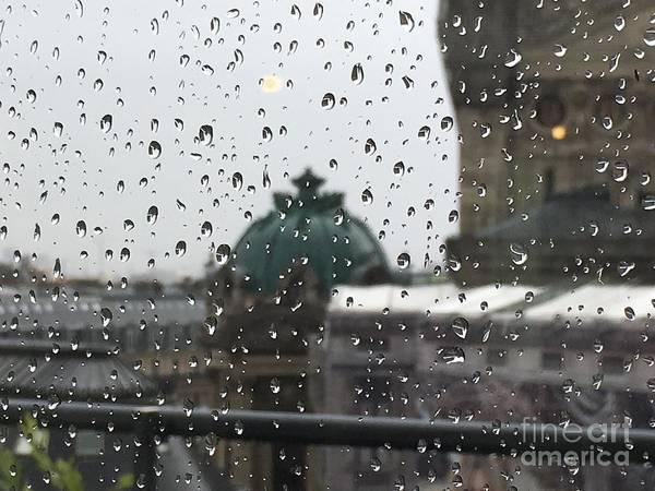 Galeries Lafayette Photograph - rain Paris by Zelenma Zelenma
