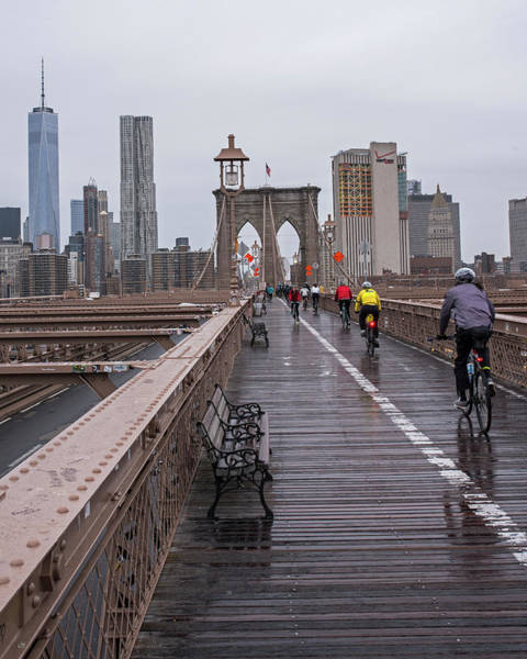 Photograph - Rainy Day On The Brooklyn Bridge Brooklyn New York Bike Race by Toby McGuire