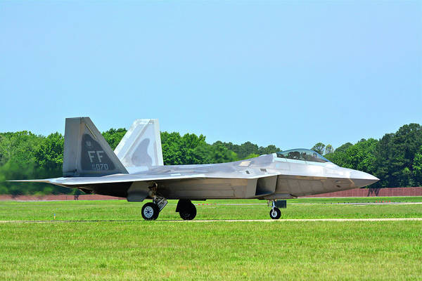 Photograph - Raptor Taxiing In by Don Mercer