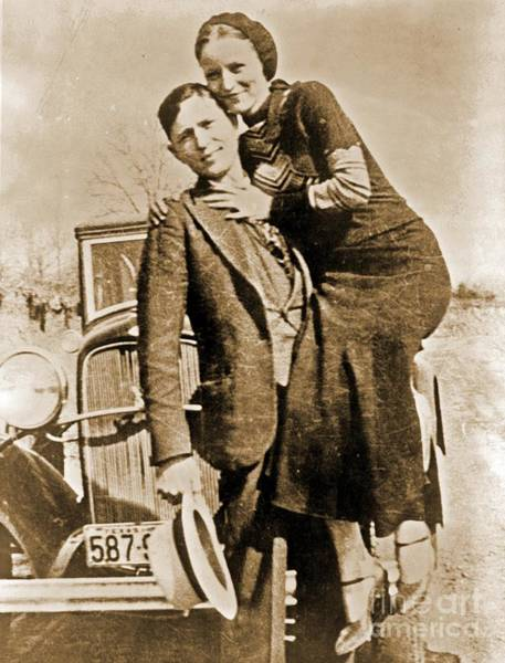 Wall Art - Painting - Rare Bonnie And Clyde by Pd