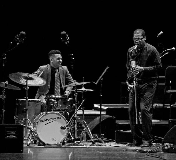 Photograph - Ravi Coltrane And Mark Whitfield Jr by Lee Santa