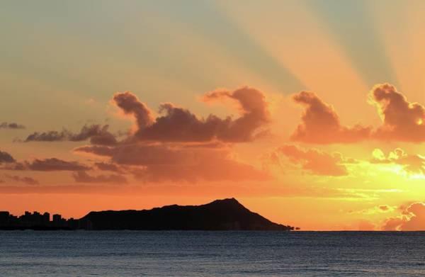 Photograph - Rays Over Diamond Head by M C Hood