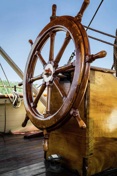 Photograph - Ready To Sail by Dale Kincaid