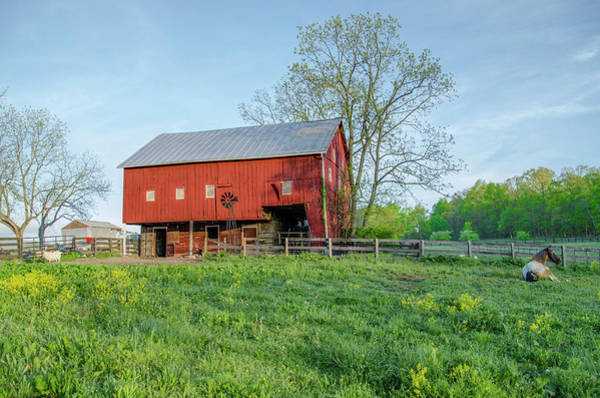 Photograph - Red Barn At Gettysburg by Bill Cannon