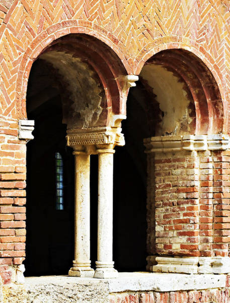 Photograph - Red Brick Archway Soft by Marilyn Hunt