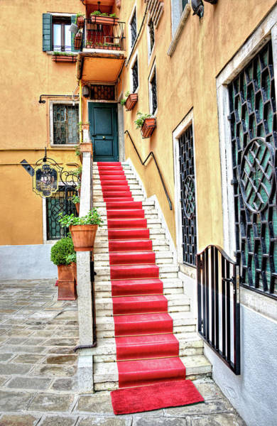 Photograph - Red Carpet Entrance In  Venice Italy by Gary Slawsky