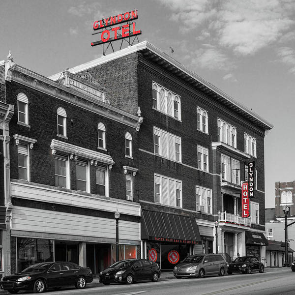 Photograph - Red In Richmond Kentucky by Sharon Popek
