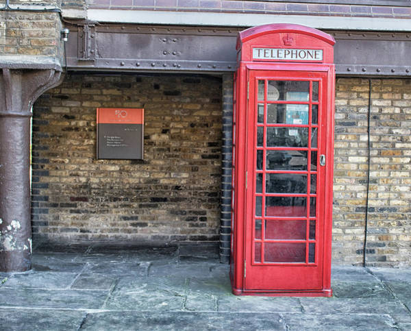 London Phone Booth Wall Art - Photograph - Red Phonebox by Martin Newman