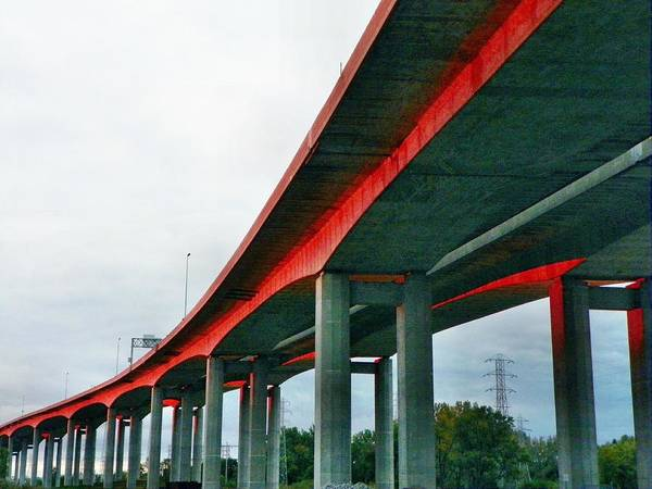 I-75 Photograph - Red Sunset On Zilwaukee's Bridge by Bill Noonan