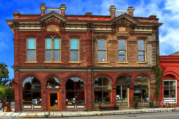 Photograph - Redmens Hall - Jacksonville Oregon by James Eddy