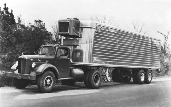 Semi Truck Photograph - Refrigerated Semi Trailer by Underwood Archives