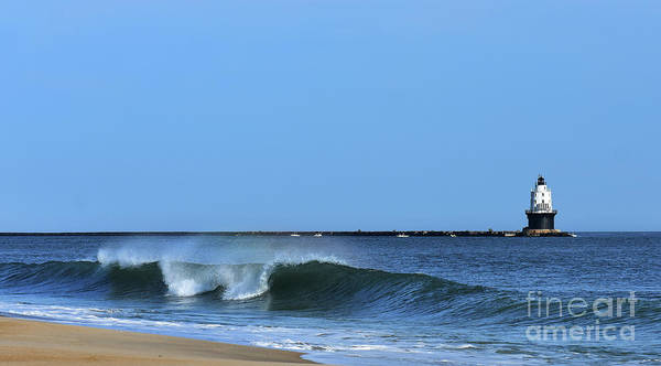 Lewes Photograph - Refuge Breakers by Skip Willits