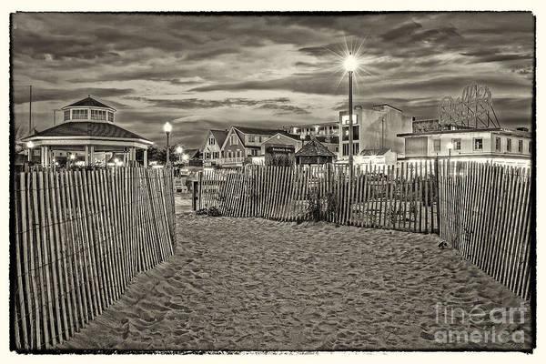 Rehoboth Beach Photograph - Rehoboth Beach De 23 by Jack Paolini