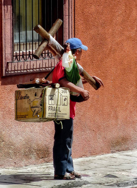 Photograph - Religious Art Salesman by Barry Weiss
