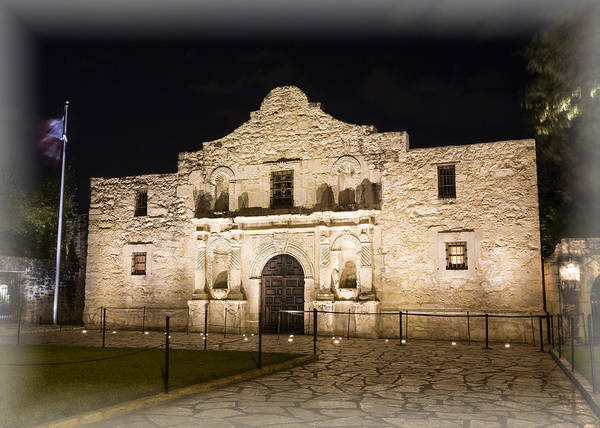 Wall Art - Photograph - Remembering The Alamo by Stephen Stookey