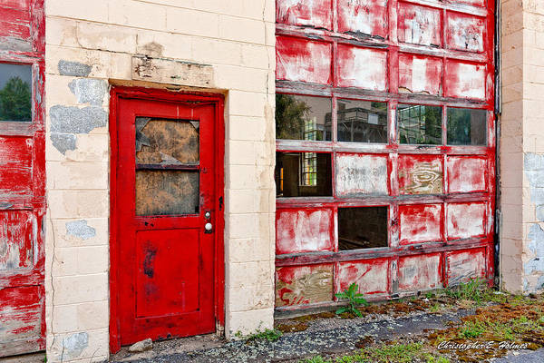 Photograph - Retired Garage by Christopher Holmes