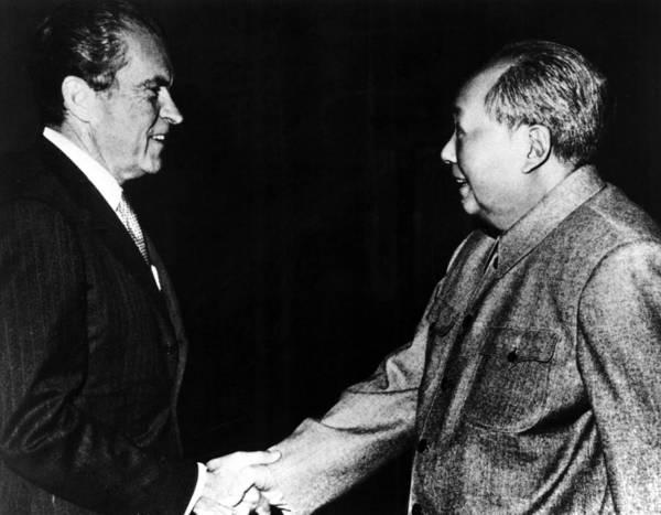 Cold War Photograph - Richard Nixon, Mao Zedong In China, 1972 by Everett