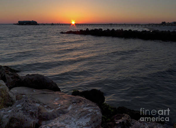 Photograph - Rising Sun, Anna Maria City Pier, Ami Florida #30097-98 by John Bald