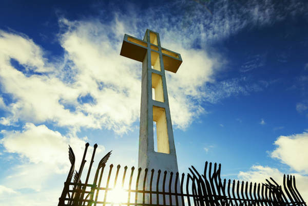Mount Soledad Wall Art - Photograph - Rising Up by Joseph S Giacalone