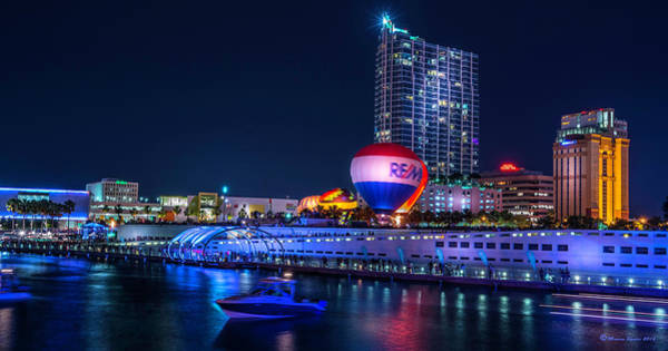 Riverwalk Photograph - Riverfront Balloons by Marvin Spates