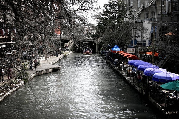 San-antonio Photograph - Riverwalk by Shane Rees