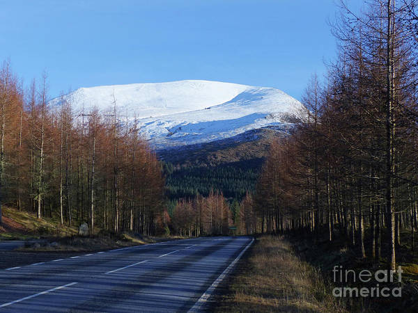 Photograph - The Road To Aonach Mor  by Phil Banks
