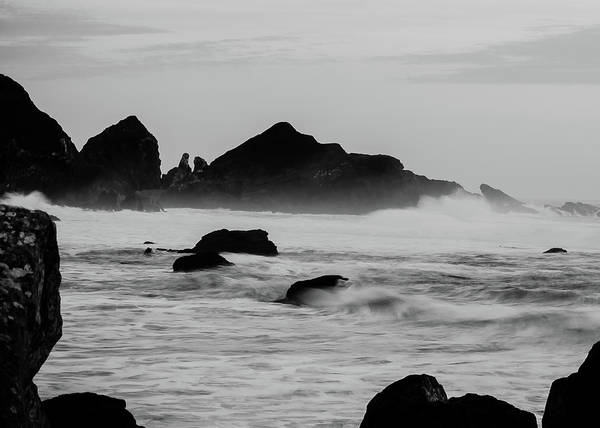 Photograph - Roaring Seas by Tom Potter