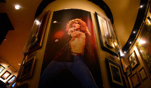 Led Zeppelin Photograph - Robert Plant At The Hard Rock by David Lee Thompson