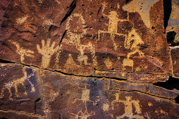 Petroglyph Photograph - Rock Wall Of Petroglyphs by Garry Gay