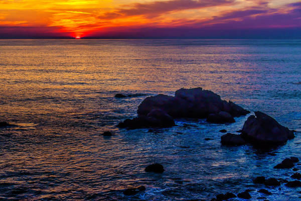 Sun Set Photograph - Rocky Sunset by Garry Gay