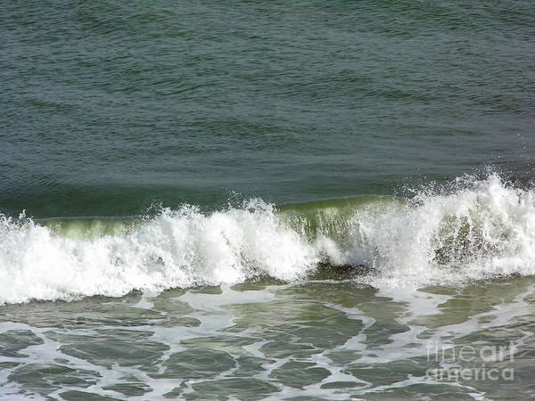 Photograph - Rolling Wave by D Hackett