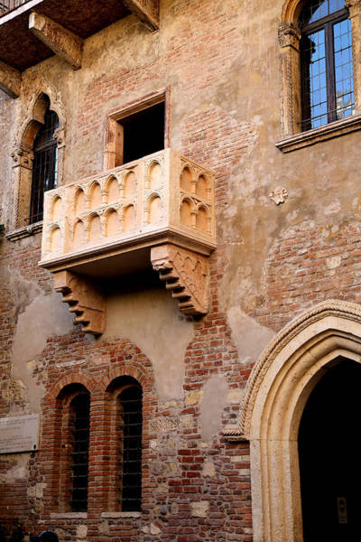 Romeo And Juliet Wall Art - Photograph - Romeo And Juliet 3 by Andrew Fare