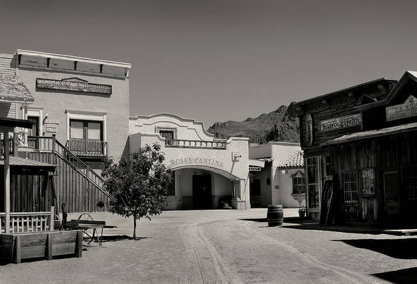 Cantina Photograph - Rosa's Cantina by Gordon Beck