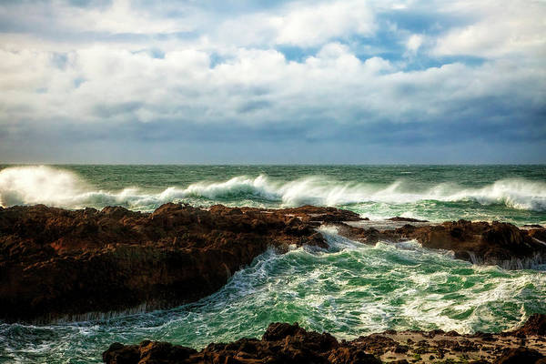 Cape Perpetua Wall Art - Photograph - Rough Seas by Andrew Soundarajan