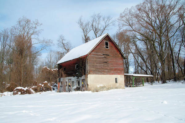 Photograph - Roxborough Barn In The Snow by Bill Cannon