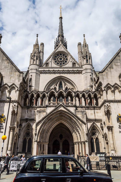 Royal Courts Of Justice In London Art Print
