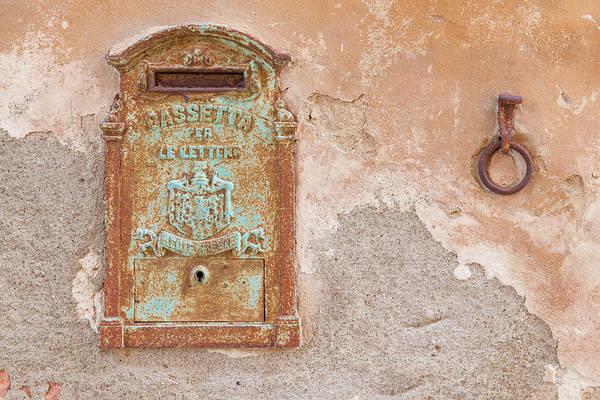 Photograph - Royal Mailbox by Michael Blanchette