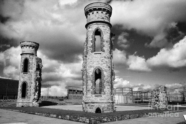 Wall Art - Photograph - Ruins Of The Knox Hannyngton House On Castle Hill Of The Oneill Dungannon County Tyrone Northern Ir by Joe Fox