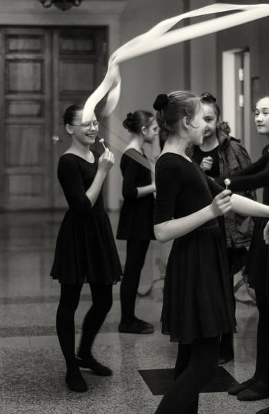 Photograph - Russian Ballerinas And Dancers Preparing For Lessons by John Williams