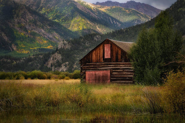 Photograph - Rustic Colorado Barn by John Vose
