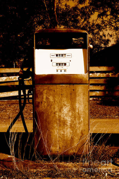 Oil Pump Photograph - Rusty Bowser by Jorgo Photography - Wall Art Gallery