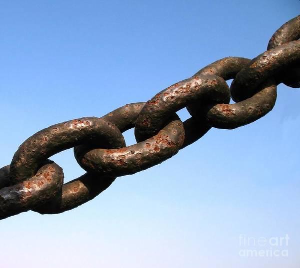 Chain Link Photograph - Rusty Chain by Yali Shi