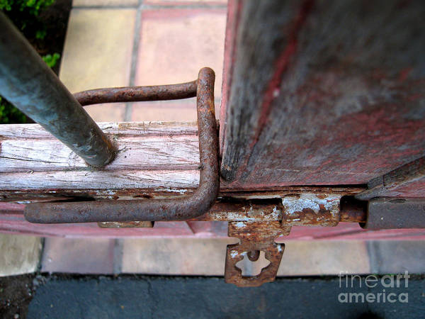 Photograph - Rusty Gate Latch by James B Toy