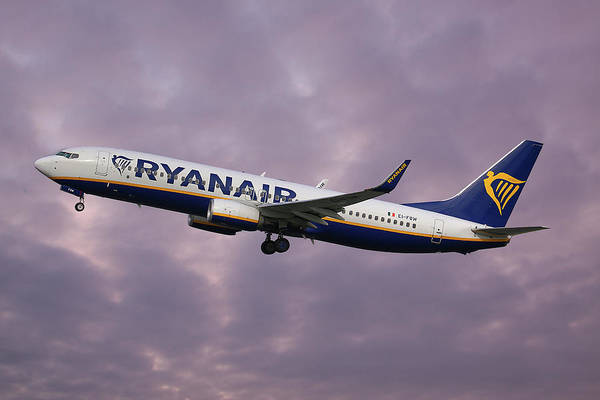 Wall Art - Photograph - Ryanair Boeing 737-8as 24 by Smart Aviation