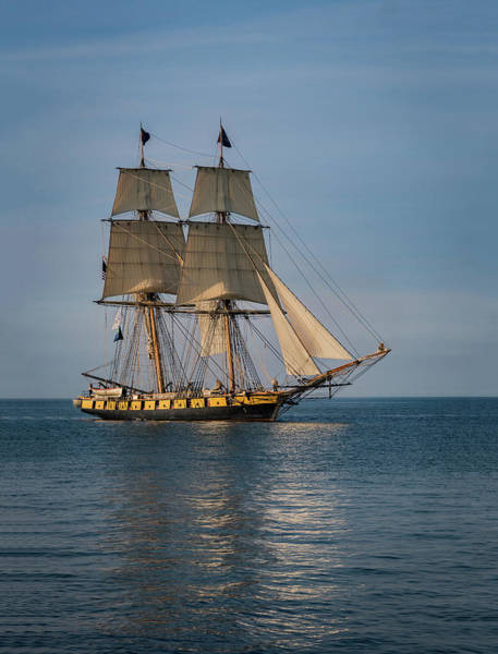 Photograph - Sailing Into Port by Dale Kincaid