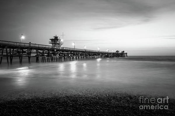 2017 Photograph - San Clemente Pier Black And White Photo by Paul Velgos